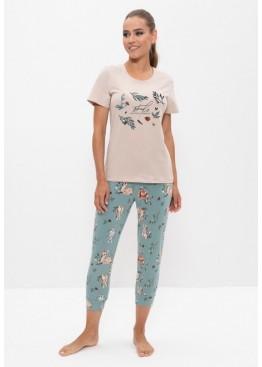 Пижама женская с бриджами 1161 бежевый/ботаника, Cleo